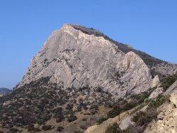 Гора Сокол